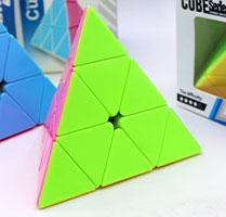 روبیک هرمی یی شنگ ورژن1 Yisheng Pyraminx V.1