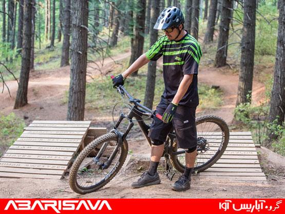 تاثیر کیفیت لباس مناسب در دوچرخه سواری