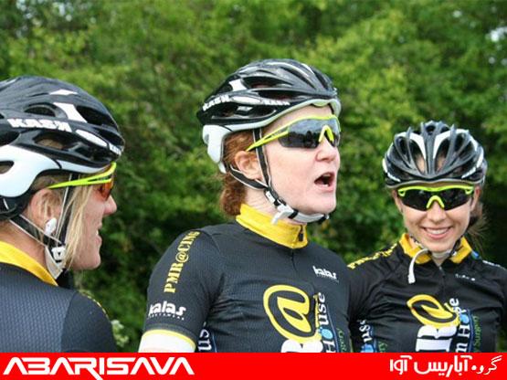 چرا استفاده از عینک آفتابی استاندارد، در دوچرخه سواری بسیار اهمیت دارد ؟