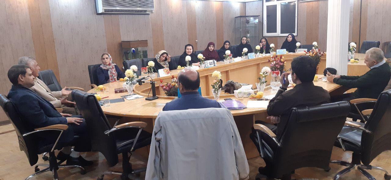 جلسه انجمن اولیاء و مربیان