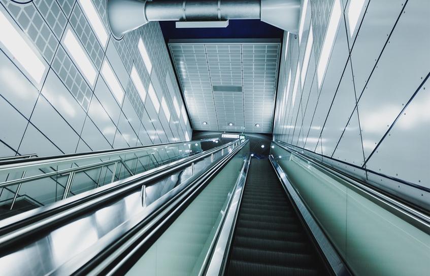 آیا از پله برقی می توان جای راه پله استفاده کرد