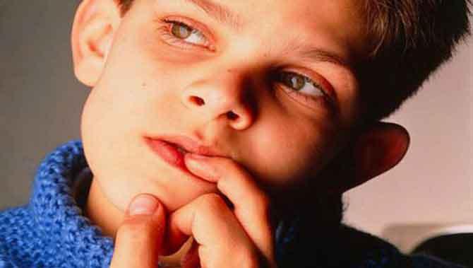 اتیسم(اوتیسم)واضطراب