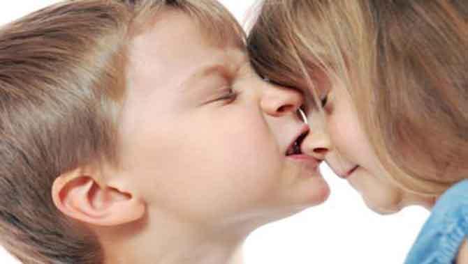 کاهش رفتار گاز گرفتن در کودک دارای اختلال طیف اوتیسم