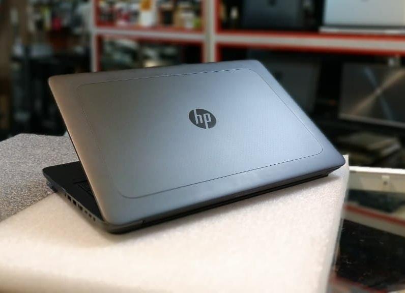 HP Zbook 17 G3 - i7_6th/8G/17