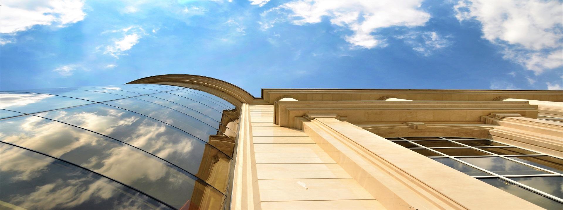 ساختمان اداری پارمیس زعفرانیه