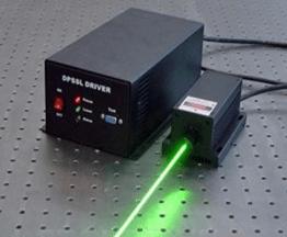 لیزر سبز (500 تا 560 نانومتر)