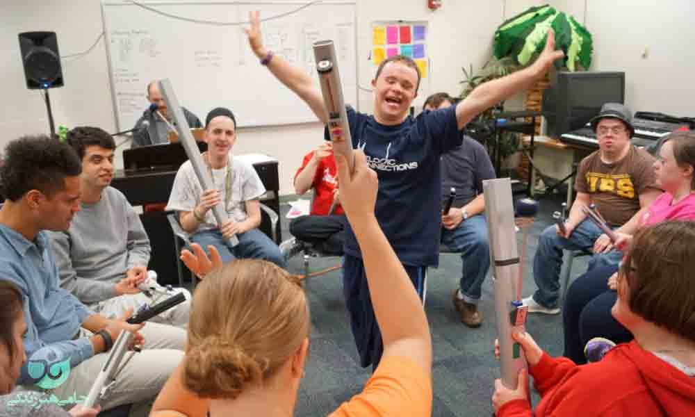 اثر بخشی روشهای موسیقی درمانی بر اختلالات رفتاری و مهارت های اجتماعی کودکان مبتلا به اختلال طیف اتیسم