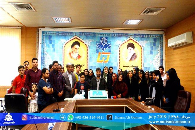 حضور کودکان مرکز اتیسم امام علی(ع) در باشگاه خبرنگاران جوان به مناسبت روز خبرنگار