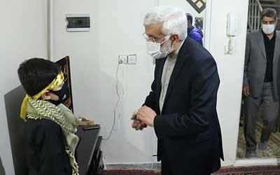دیدار «سعید جلیلی» با خانواده شهید امر به معروف «محمد محمدی»