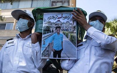 با موافقت رهبر انقلاب نوجوان فداکار ایذهای در حکم شهید محسوب میشود