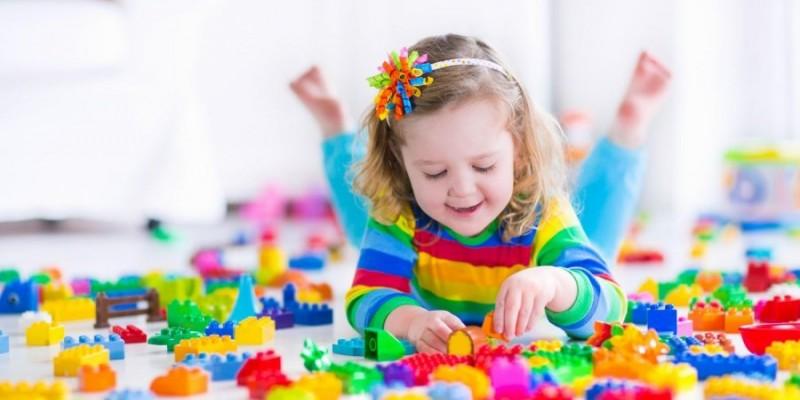 بازی و سرگرمی و نقش آن در رشد کودکان