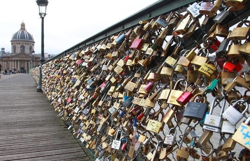 پدیده ای جهانی اما رمانتیک بنام قفل عشق