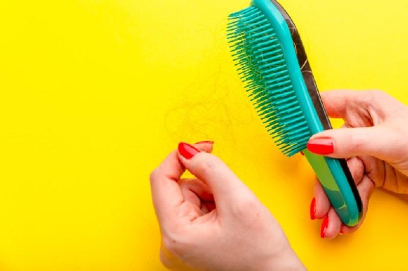 نقش فیناستراید در ریزش موی زنانه