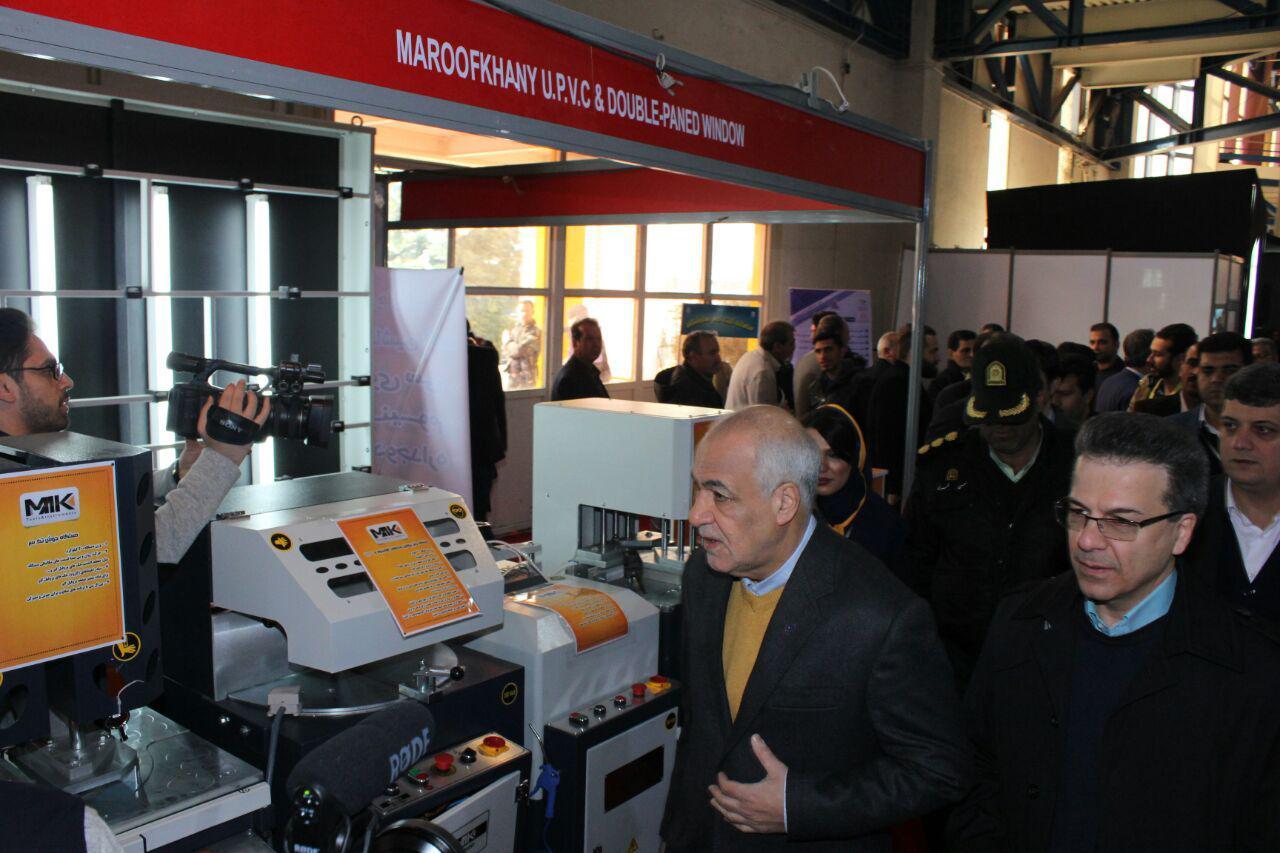 بازدید معاون وزیر صنعت ومعدن ازغرفه شرکت ماک ماشین