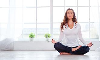 آموزش ورزش یوگا در خانه