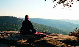 فواید و فلسفه یوگا
