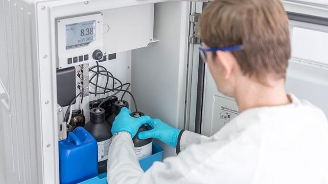 آنالایزر پارامترهای شیمیایی