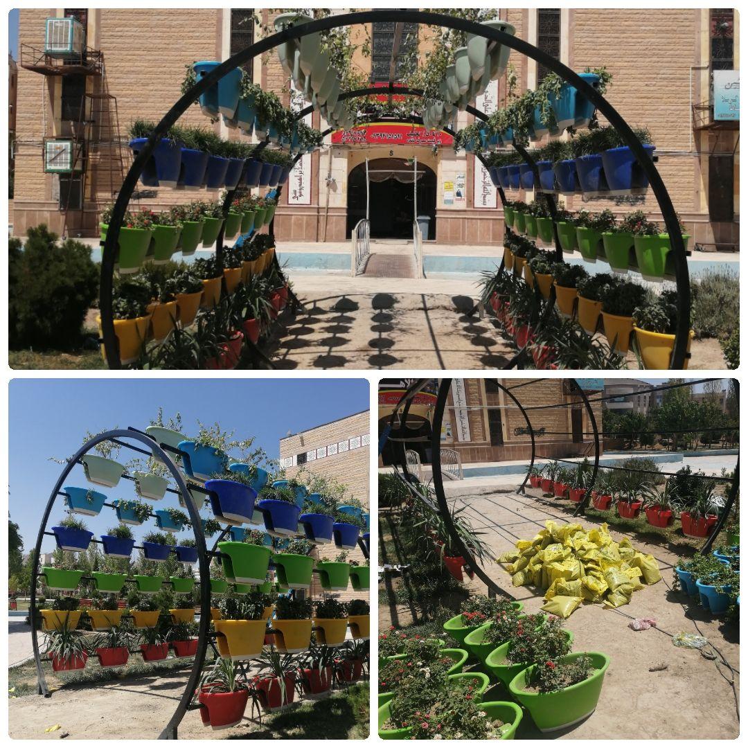 اجرای عملیات طراحی، ساخت و نصب تونل گل در محوطه مسجد امام حسین (ع)