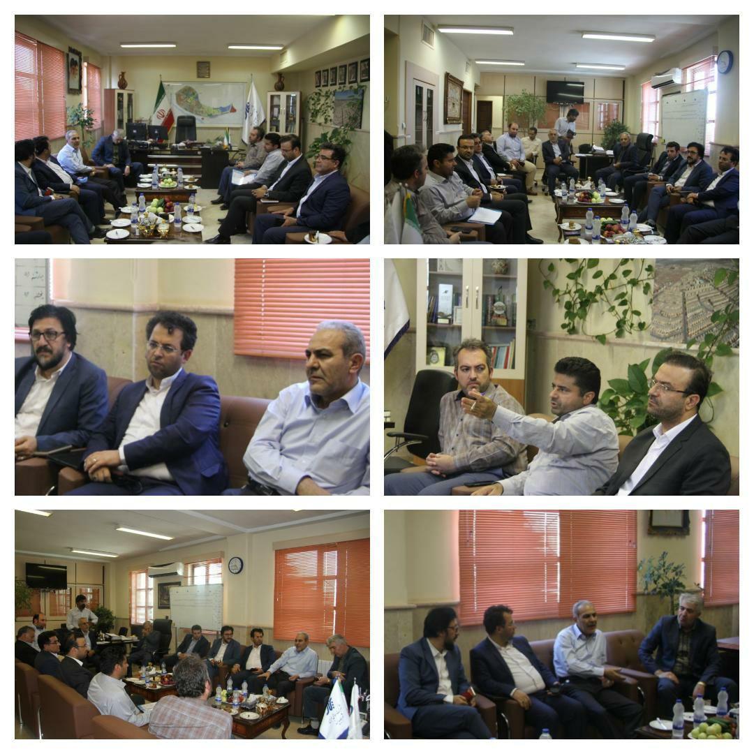 برگزاری نشست مشترک شهرداری و شرکت عمران با حضور مهندس ترکی ریاست سازمان مدیریت و برنامه ریزی استان تهران