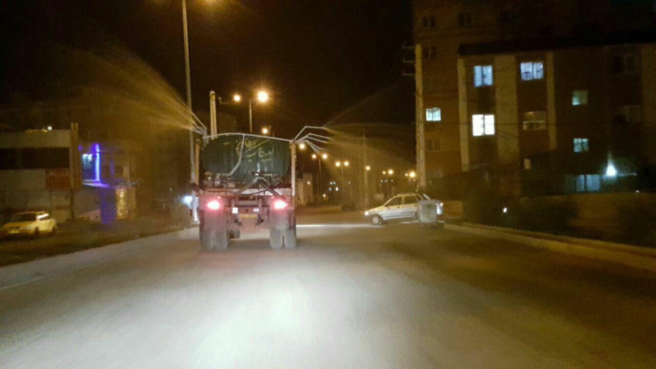 شهرداری پرند در خط مُقدم مقابله با ویروس کرونا / تداوم روند ضدعفونی کلیه معابر و خیابان های پرند