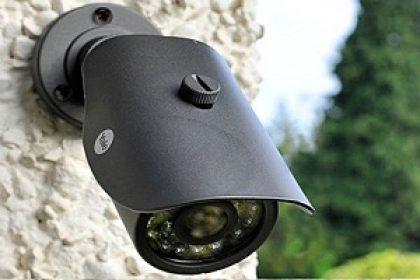دوربین مدار بسته نظارتی در انبار کالا