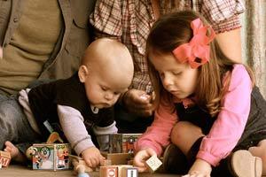 کودک و اسباب بازی