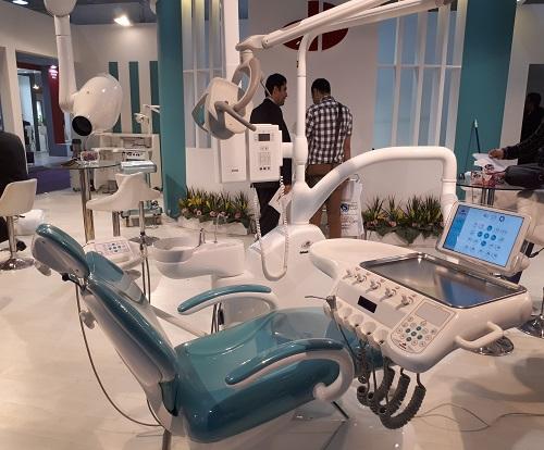 نمایشگاه تجهیزات دندانپزشکی