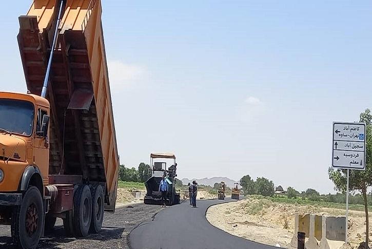 اجرای پروژه روکش آسفالت راه دسترسی به منجیل آباد به اتمام رسید