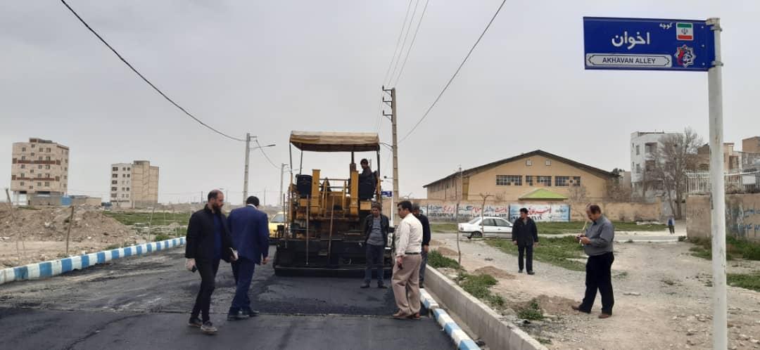 اتمام عملیات روکش آسفالت در خیابانهای انقلاب و شهید مطهری و بهشتی