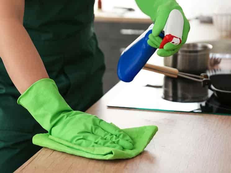 نظافت محیط آشپزخانه در ایام کرونا