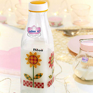 بطری شیر (نیلوفر)