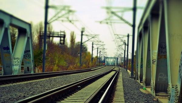مشاوره برقی کردن راه آهن