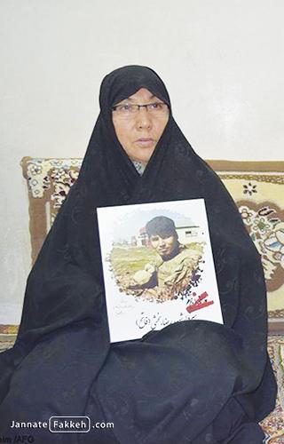 مادر شهید رضا بخشی