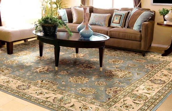 چه فرشی برای فضای بزرگ یا کوچک مناسب است ؟