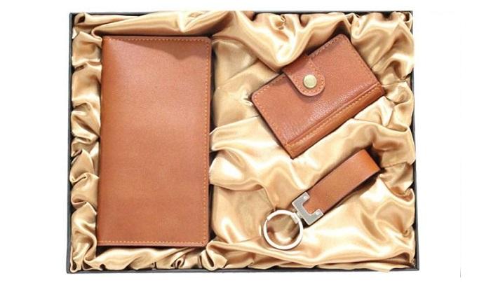 ست هدیه داخل محفظه مخصوص