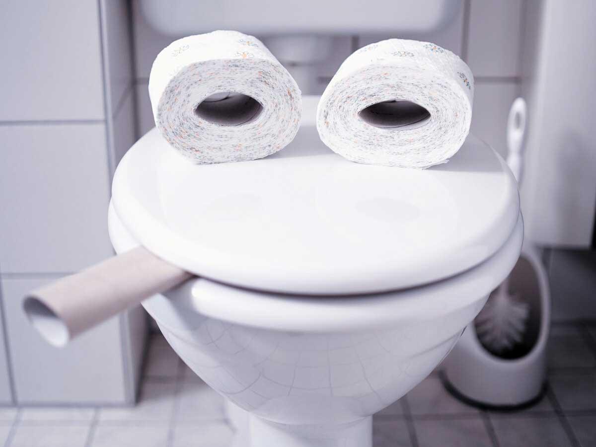 رفع بوی بد توالت فرنگی