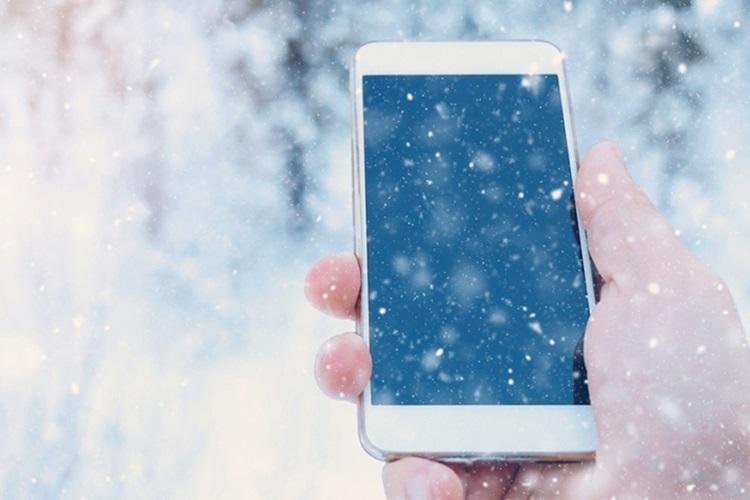چرا گوشی همراه شما در هوای سرد بهدرستی کار نمیکند؟