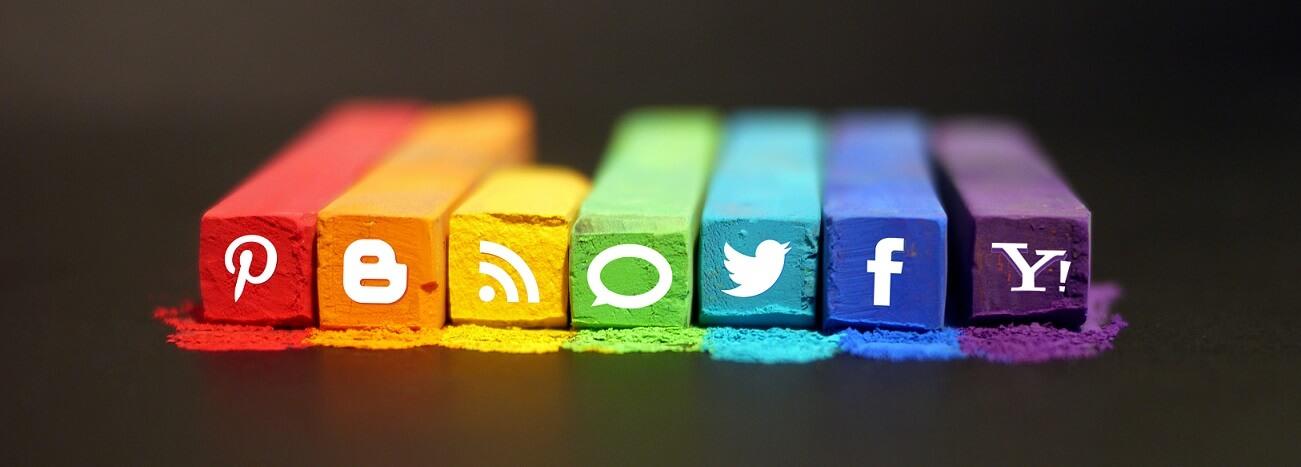 شبکه های اجتماعی در مقابل پیامک